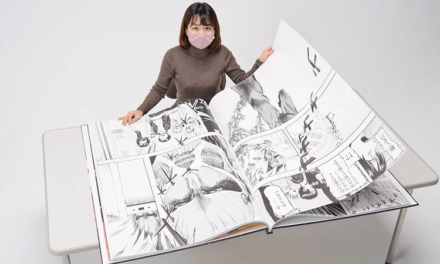 "Titan-sized ""Attack on Titan"" Manga Produced, to Vie for Guinness Records as Largest Comic"