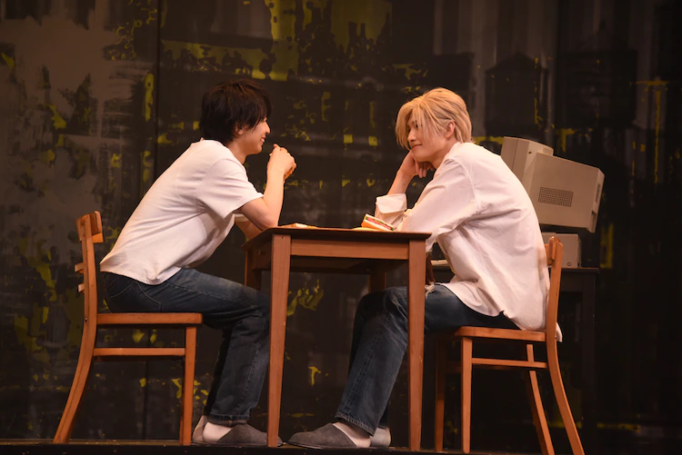 """Check Out These Photos from the """"BANANA FISH"""" Stage Play!"""
